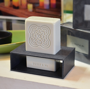 fragrance_bar_01.jpg